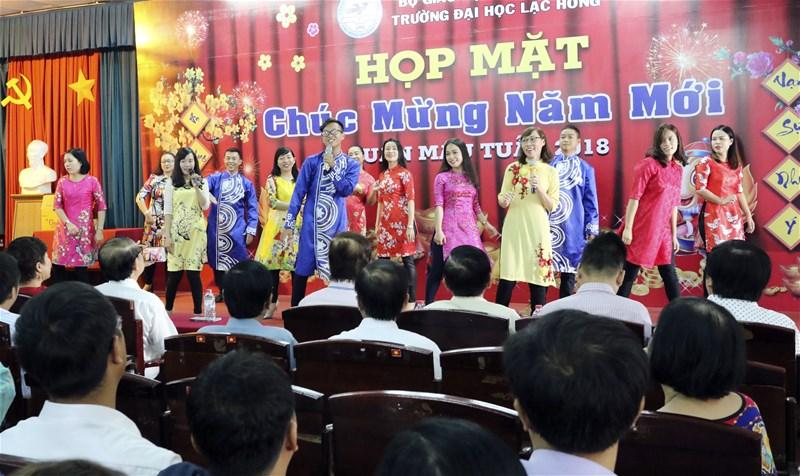LHU họp mặt 2018