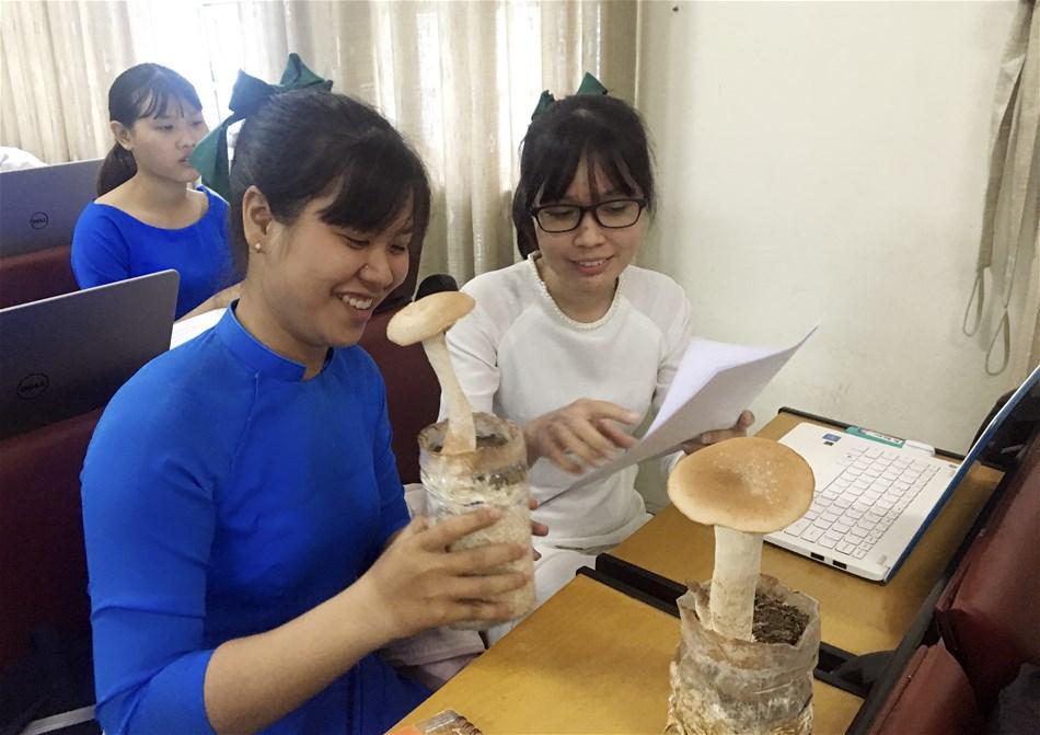 Ngày hội khoa học nơi thúc đẩy khả năng nghiên cứu trong sinh viên