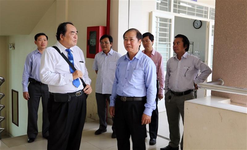 Giám đốc Sở Y tế Tỉnh quan tâm hoạt động đảm bảo chất lượng Khoa Dược LHU
